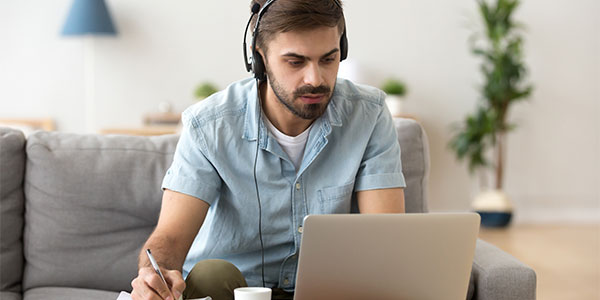 5 dicas para se destacar no mercado de trabalho como tradutor